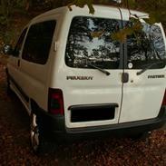 Peugeot Partner (SOLGT)