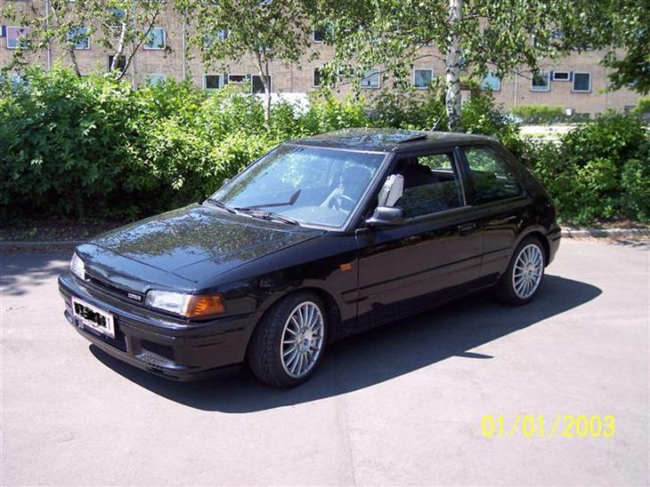 mazda 323 gtx 4x4 turbo solgt 1990 bilen er importeret i sommer. Black Bedroom Furniture Sets. Home Design Ideas