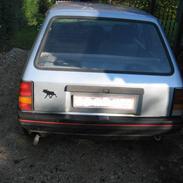 Opel corsa   (SOLGT)
