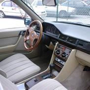 Mercedes Benz 124  (Solgt)