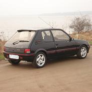 Peugeot 205 GTi        solgt