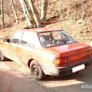 Mazda 323 Sedan LX