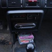Mazda 323 bg SOLGT