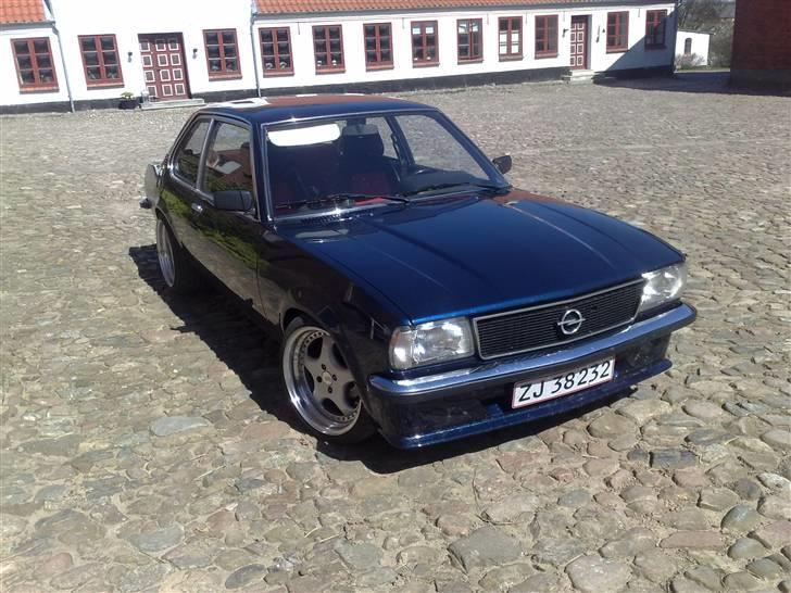 Opel ascona b c20let turbo billede 2