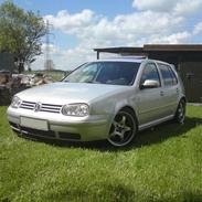 VW Golf 1,8 GTI turbo Solgt