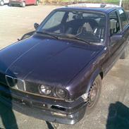 BMW E30 320i Coupé (SOLGT)