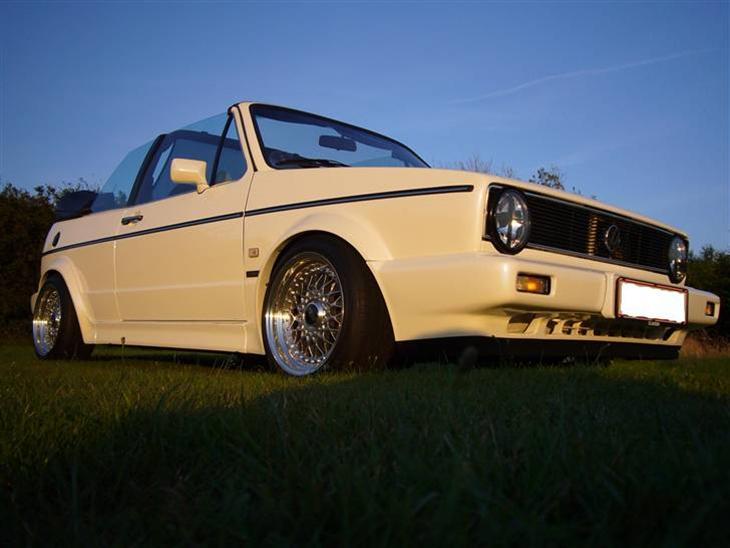 vw golf 1 cabriolet 1 8 gti 1984 bilen er tysk. Black Bedroom Furniture Sets. Home Design Ideas
