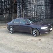 Opel vectra --solgt--