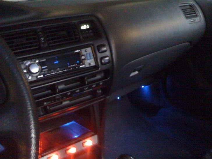 Toyota Corolla GSi - Lidt indvendig diodelys billede 10