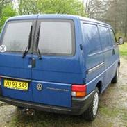 VW T4 2,4D