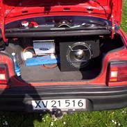 Mazda 323 sedan -DØD-