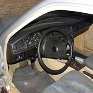 Mercedes Benz 190 E smadret