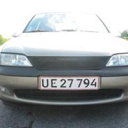 Opel Vectra B 2.0 16V *SOLGT*