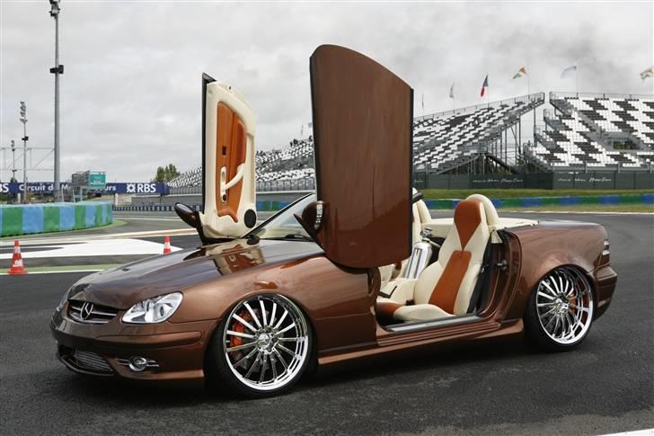 """Mercedes Benz SLK """"Custom""""  - På Formel 1 banen Magny-Cours billede 2"""