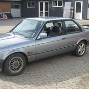 BMW 320i E30 solgt