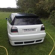 VW Golf 3 1.8 solgt