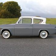 Ford Anglia 106 E