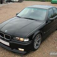 BMW 320I ¤ SOLGT ¤