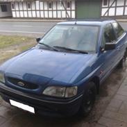 Ford ESCORT CLX ((DØD))