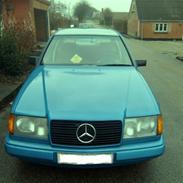 Mercedes Benz 250D 124 *RIP*