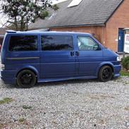 VW Caravelle / Transporter