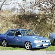 Ford Sierra GLX/Cosworth Look