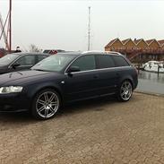 Audi A4 2.0T quattro SOLGT