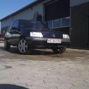 Peugeot 205 1,4xri skrottet