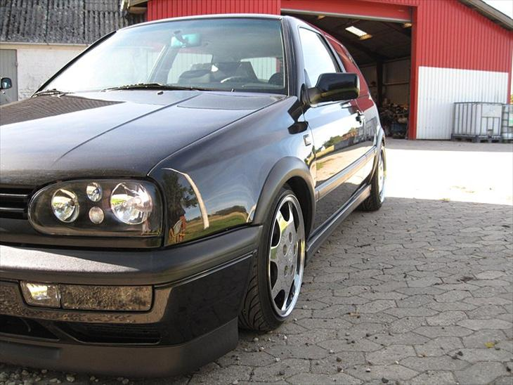 Vw golf 3 vr6 smid en stemme og gerne en ko for Interieur golf 3 vr6