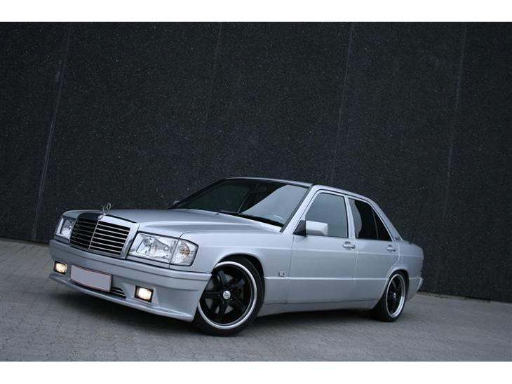 Mercedes benz 190 2 3 16v 1988 bilen er blevet fra for Mercedes benz text