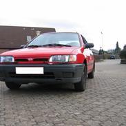 Nissan sunny N14 1,6 (SKROTTET)