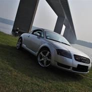 Audi TT 1,8T quattro  TIL SALG