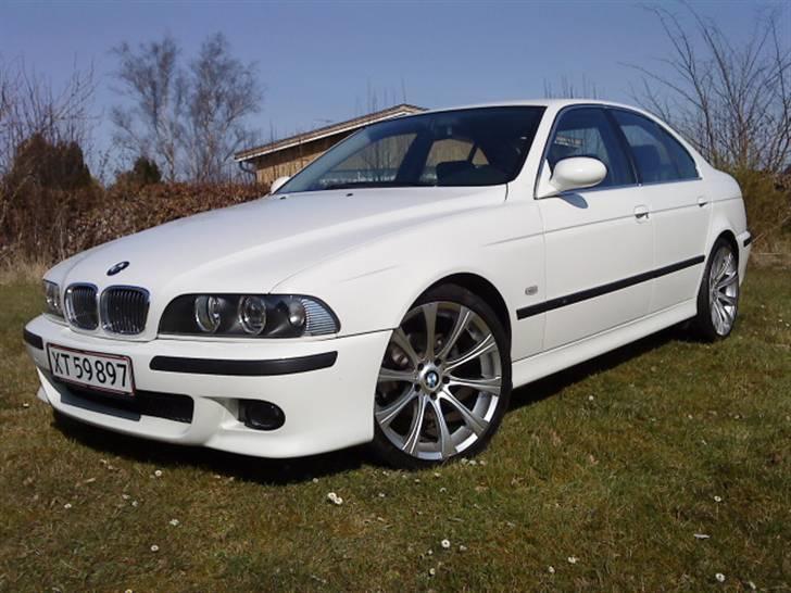 BMW E39 523 - Solgt billede 1