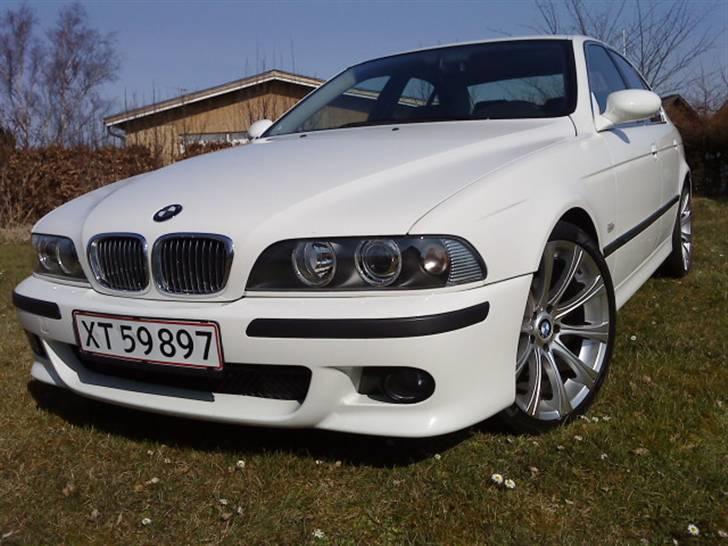 BMW E39 523 - Solgt billede 2