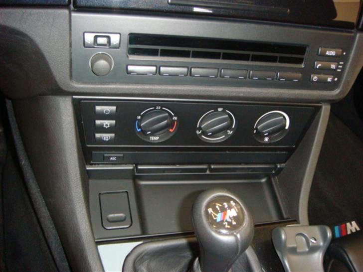 BMW E39 523 - Solgt billede 4