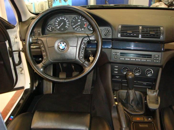 BMW E39 523 - Solgt billede 5