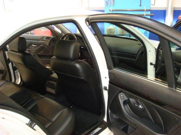 BMW E39 523 - Solgt billede 6