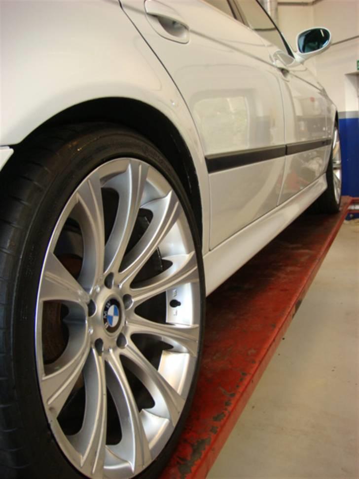 BMW E39 523 - Solgt billede 7