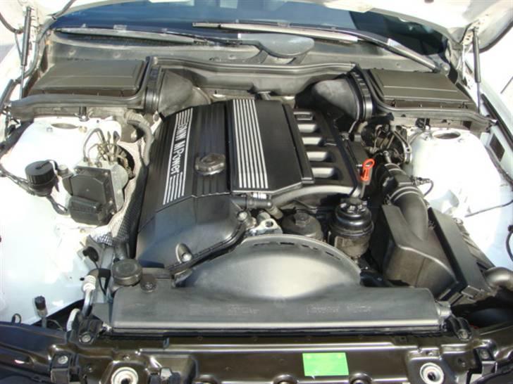 BMW E39 523 - Solgt billede 9