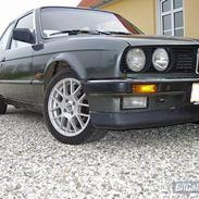 BMW 320i E30 >solgt<