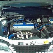Opel Vectra 1.8i 16v SOLGT