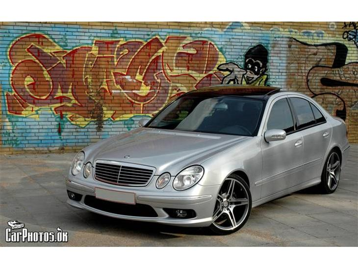 Mercedes benz e320 v6 2006 stor k mpe tak til http for Mercedes benz text