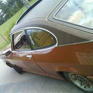 Ford Capri MK2 2300 v6 Ghia