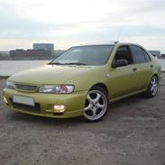 Nissan Almera SR