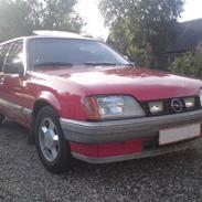 Opel Rekord E2 2.0 *Solgt*