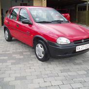 Opel Corsa 1,4i NZ TBE..