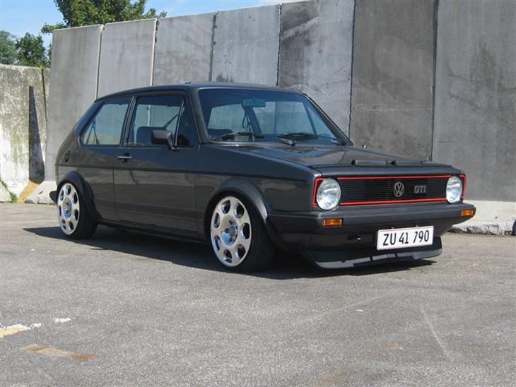 vw golf 1 1 8 gti pirelli 1983 bilen er importeret i. Black Bedroom Furniture Sets. Home Design Ideas