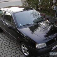 Renault Clio..(SOLGT)