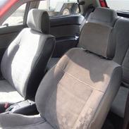 Mazda 323 (Solgt)