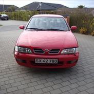 Nissan primera Se